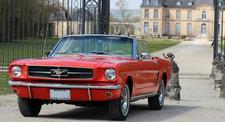 Pilotage sur Route en Mustang Coupé de 1965 près de Melun