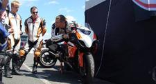 Pilotage d'une Kawasaki 600 ZX6R - Circuit Carole