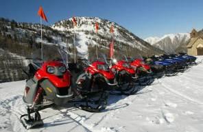 Randonnée en scooter des neiges à Isola 2000
