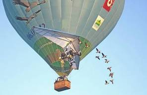 Vol avec les oiseaux dans une Montgolfière à Saint Flour