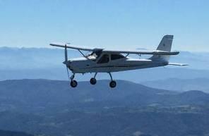 Stage d'initiation au pilotage d'ULM multiaxes à Sallanches dans les Alpes