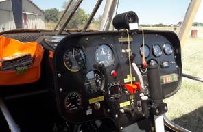 Initiation au pilotage d'avion léger à Nîmes : Vol avec prise de commande
