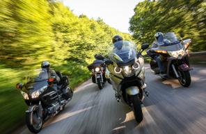 Escapade en moto sur les routes d'île de France