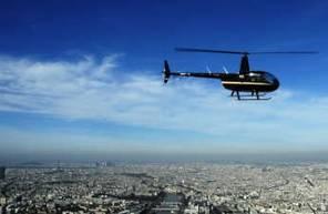 Vol d'initiation au pilotage d'hélicoptère à Toussus le Noble près de Paris