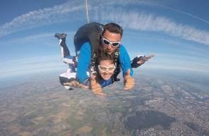 Saut en parachute tandem à Blois à proximité de Tours
