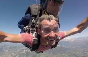 Saut en Parachute Tandem à Gap Tallard dans les Alpes