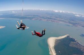 Saut en parachute en Gironde à Soulac-sur-Mer sur la pointe du Médoc