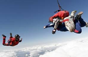 Saut en parachute tandem près du Puy-en-Velay