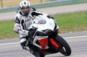 Pilotage en Suzuki GSXR 750 - Circuit du Luc