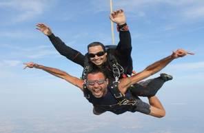 Saut en Parachute en Tandem à Narbonne