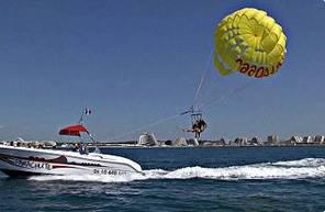 Vol en Parachute Ascensionnel près de Montpellier