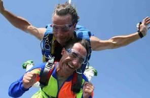 Saut en Parachute Tandem au Havre au dessus des falaises d'Étretat