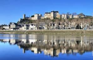 Vol en montgolfière - tour à Chinon dans le ciel d'Indre et Loire