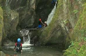 Canyoning près de Luchon dans le Midi Pyrennées
