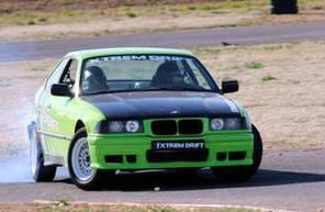 Stage de pilotage drift en BMW - circuit du Driving Center au Castellet.