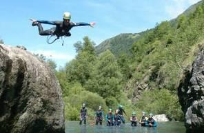 Journée canyoning dans les Hautes-Pyrénées près de Lourdes