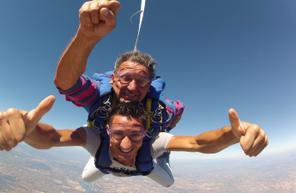 Saut en Parachute Tandem près d'Arles