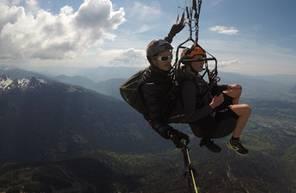 Vol en Parapente dans la Combe de Savoie à proximité de Grenoble