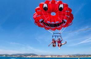 Vol en parachute ascensionnel à Sainte Maxime - Les Issambres