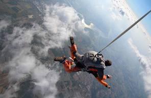 Saut en parachute tandem près de Montauban et Cahors