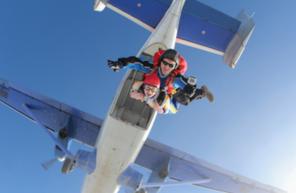Saut en parachute aux portes de l'Île de France et Paris