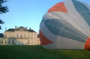 Baptême en montgolfière près de Dijon - Survol de la côte d'or et des vignobles de Nuits-Saint-Georges