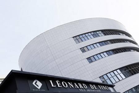 ReStart-PostBac, le programme de rentrée décalée du Groupe Léonard de Vinci - EMLV, ESILV, IIM