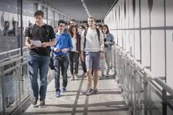 ESIEA: Étudiants campus de Laval